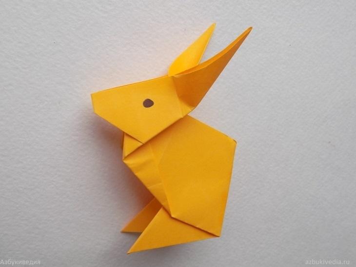 Как сделать зайчика из бумаги в технике оригами