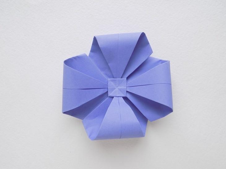 Как сделать объемный бант из бумаги в технике оригами