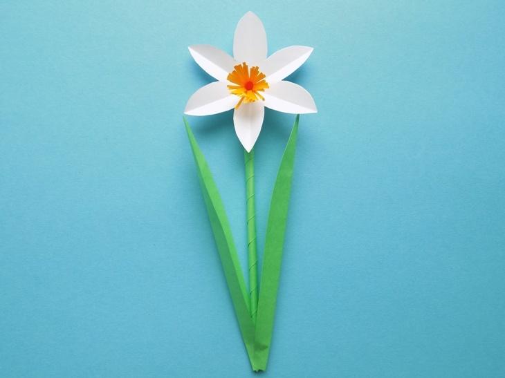 Как сделать цветок нарцисса из бумаги