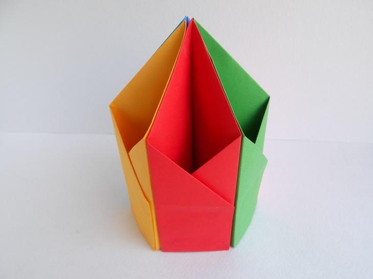 Как сделать подставку под карандаши из бумаги