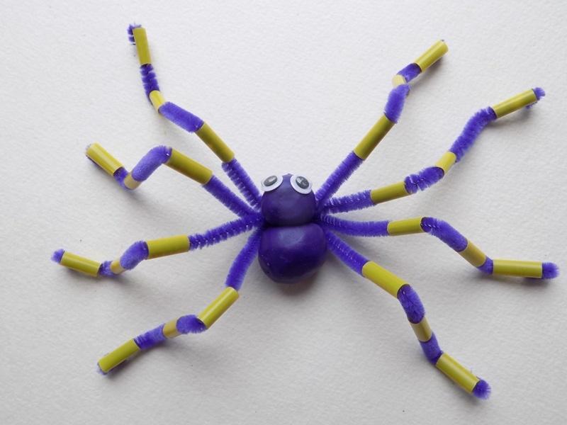 Как сделать паука из пластилина и синельной проволоки