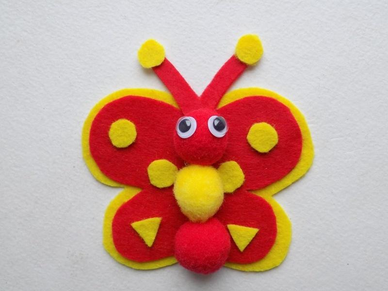 Как сделать бабочку из фетра и помпонов