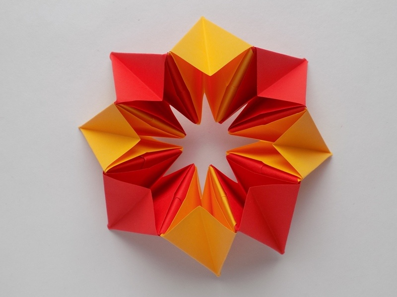 Как сделать звездочку-трансформер из бумаги