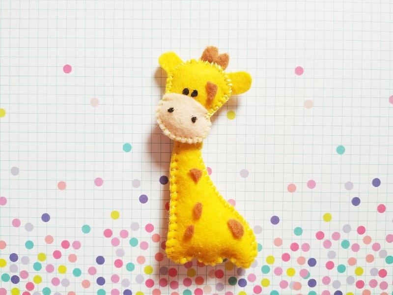 Как сшить жирафа из фетра