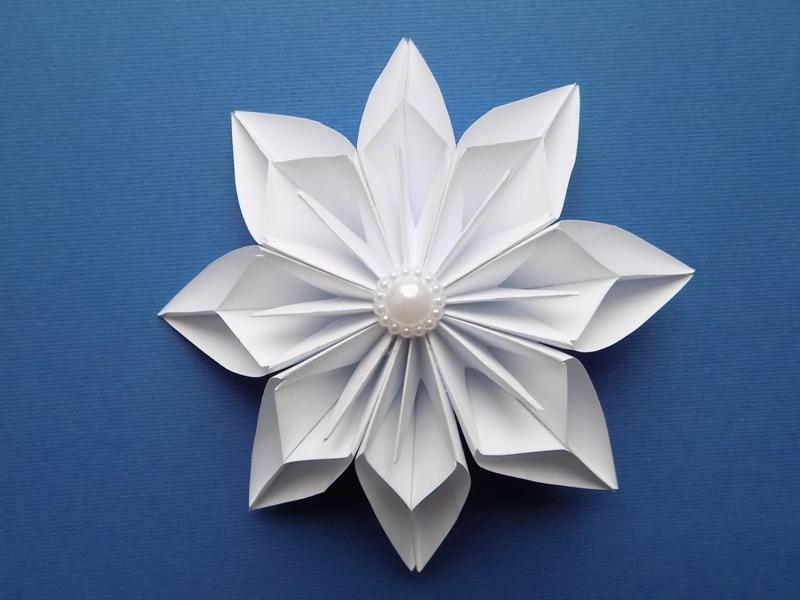 Как сделать снежинку в технике модульного оригами
