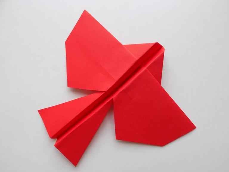 Как сделать летающую птичку из бумаги