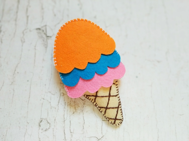Как сделать развивающую игру из фетра «Собери мороженое»