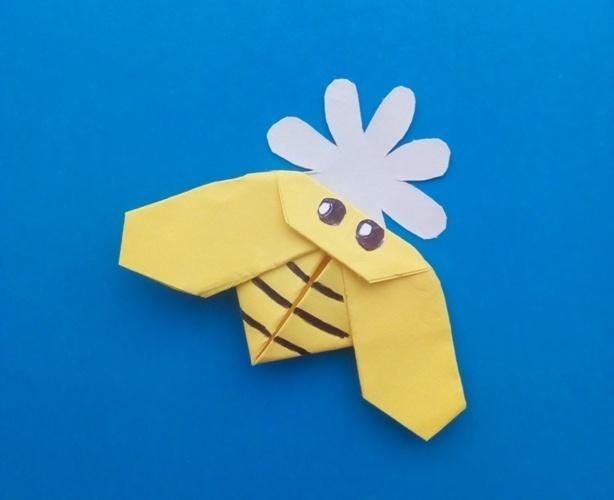 Как сделать пчелу из бумаги в технике оригами