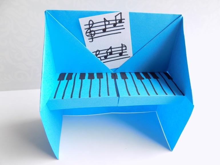 Как сделать пианино из бумаги в технике оригами