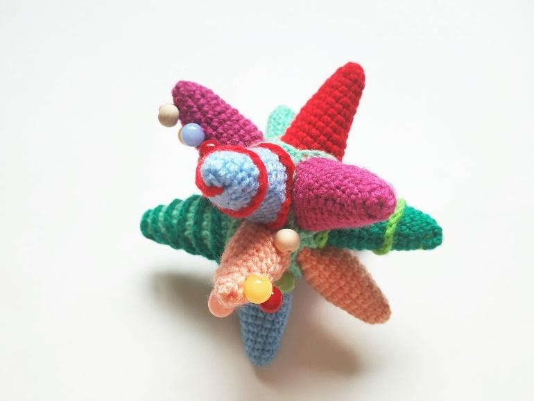 Как связать развивающую игрушку Звезда крючком