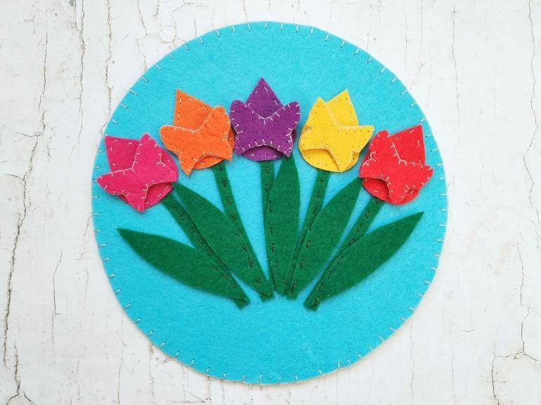 Как сшить из фетра развивающую игру Цветочки-бабочки