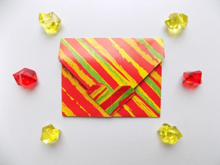Как сделать из бумаги конверт с сердечком