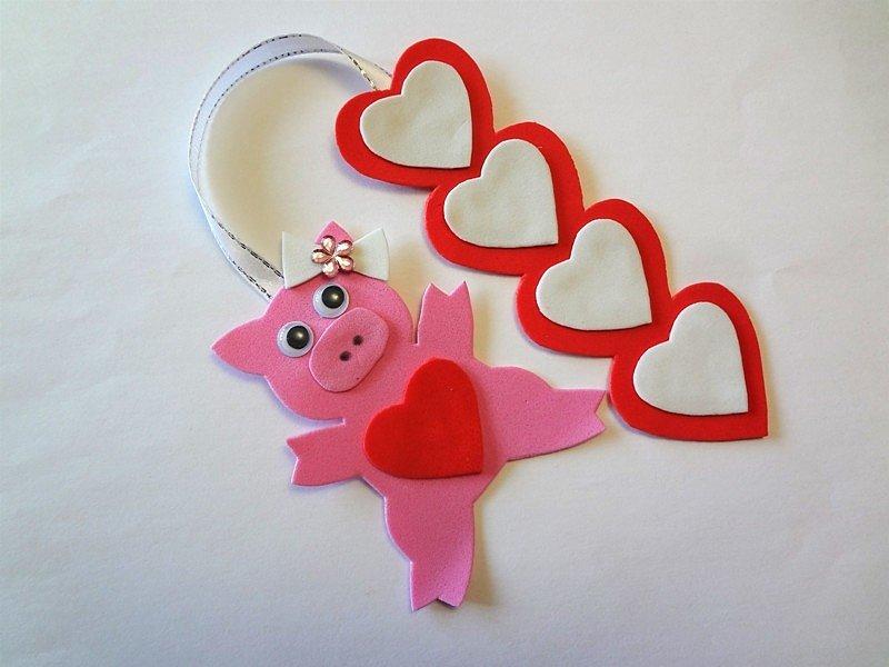 что ближе свинка открытка из сердечек создании чертежа своими