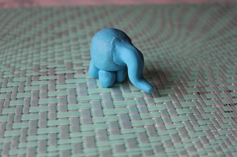 Картинки как слепить из пластилина слона потому, что