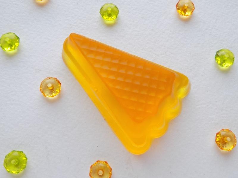 Мыло своим руками «Карамельный бисквит»